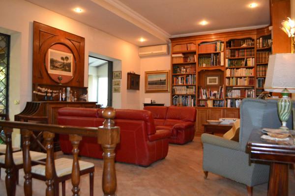 Villa in vendita a Ciampino, Con giardino, 290 mq