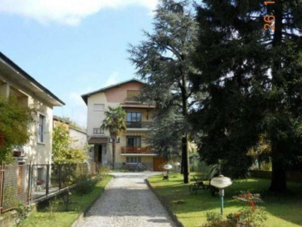 Appartamento in vendita a Cesate, Parco, Con giardino, 170 mq