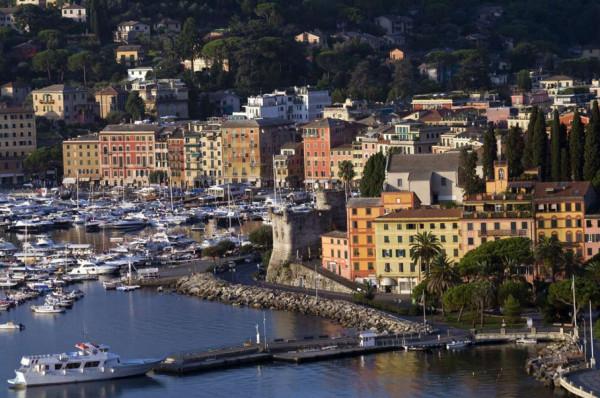 Locale Commerciale  in vendita a Santa Margherita Ligure, Centro, Arredato, 1000 mq - Foto 1