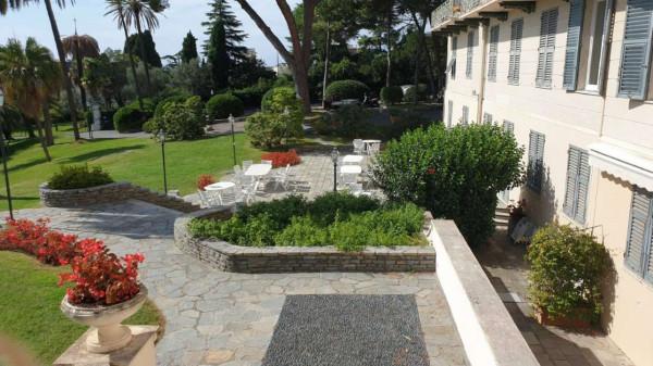 Appartamento in vendita a Genova, Adiacenze Parchi Di Nervi E Passeggiata A Mare, Arredato, con giardino, 86 mq - Foto 4