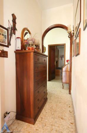 Appartamento in vendita a Taranto, Rione Italia, Montegranaro, 111 mq - Foto 8
