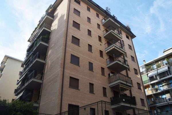 Immobile in vendita a Milano, Capecelatro