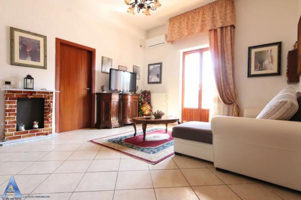 Appartamento in vendita a Taranto, San Vito, Con giardino, 96 mq - Foto 1