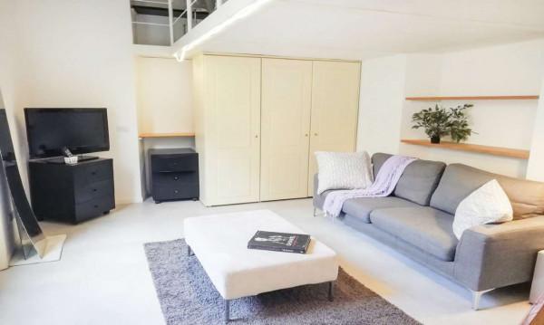 Appartamento in affitto a Milano, Porta Venezia, Arredato, 110 mq