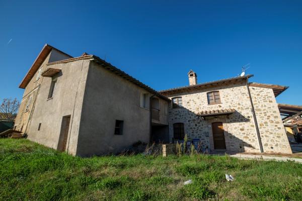 Casa indipendente in vendita a Bettona, Passaggio Di Bettona, Con giardino, 113 mq