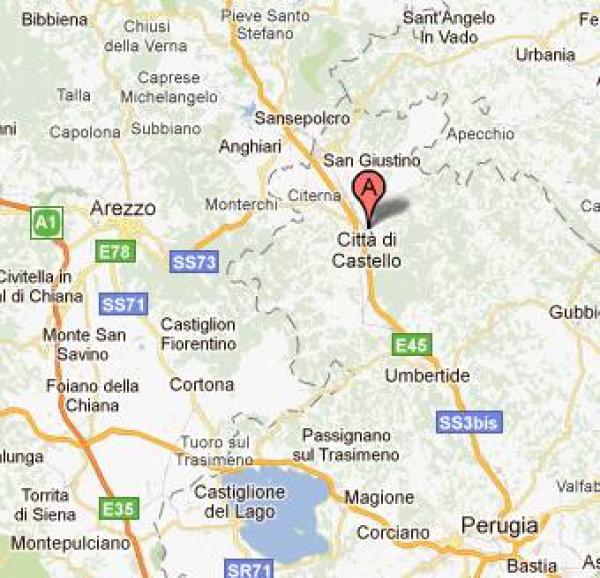 Locale Commerciale  in vendita a Città di Castello, Riosecco, Con giardino, 360 mq - Foto 2