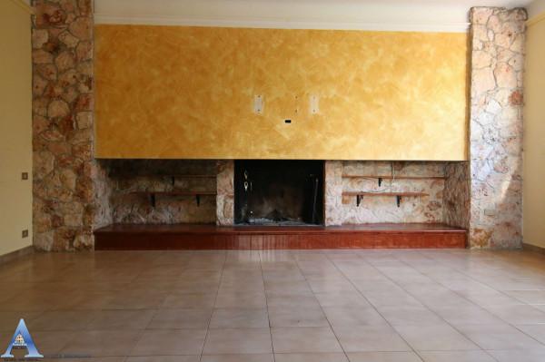Villa in vendita a Statte, Montetermiti, Con giardino, 290 mq - Foto 6