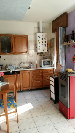 Appartamento in vendita a Cesate, 80 mq