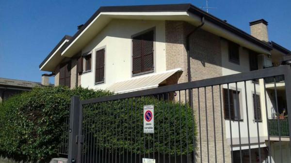 Appartamento in vendita a Caronno Pertusella, 80 mq - Foto 2