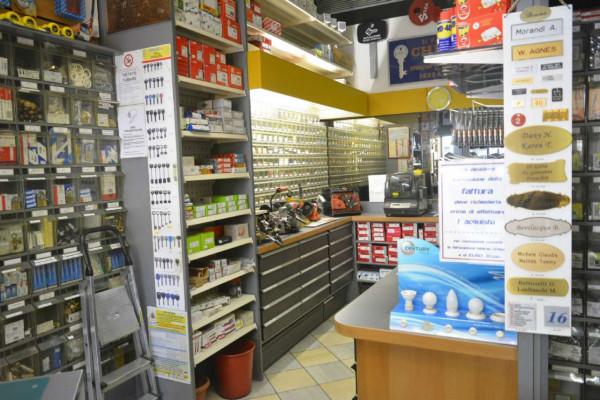 Negozio in vendita a Milano, Loreto, 130 mq - Foto 8