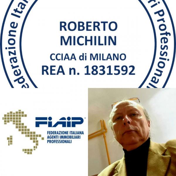 Locale Commerciale  in vendita a Milano, Teodosio, 25 mq