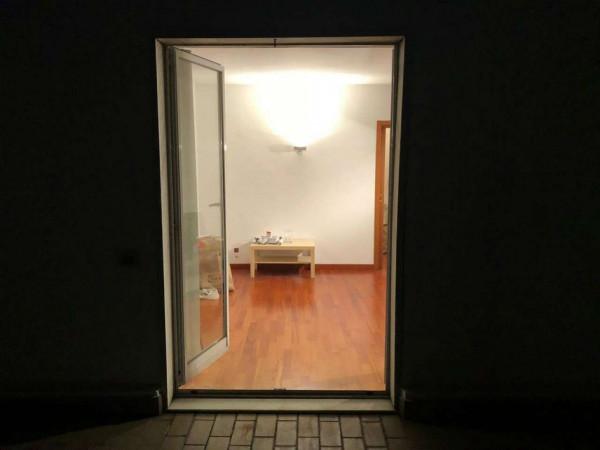 Locale Commerciale  in vendita a Milano, Stazione Centrale, Arredato, 70 mq - Foto 7
