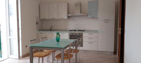 Appartamento in affitto a Trevi, Centro, 75 mq