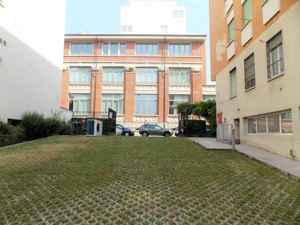 Locale Commerciale  in vendita a Milano, Via Montegani, Con giardino, 450 mq - Foto 17