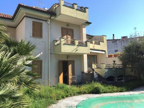 Villa in vendita a Somma Vesuviana, Centro, Con giardino, 500 mq