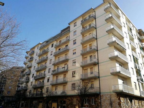 Appartamento in vendita a Torino, Piscina