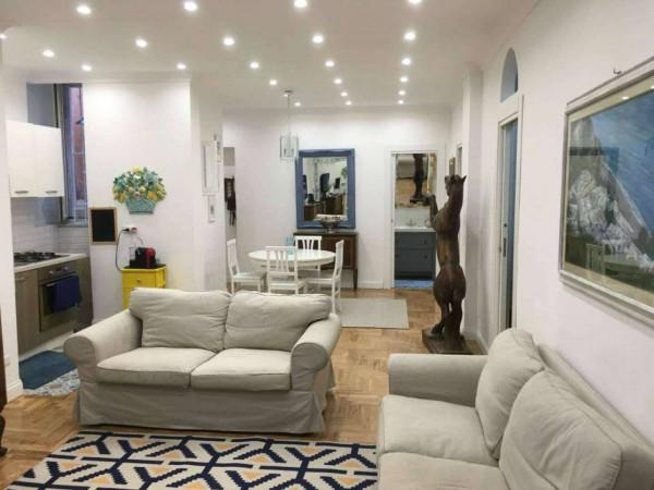 Appartamento in vendita a Napoli, 85 mq