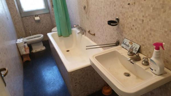 Appartamento in vendita a Genova, Adiacenze Via Lagustena, 110 mq - Foto 35