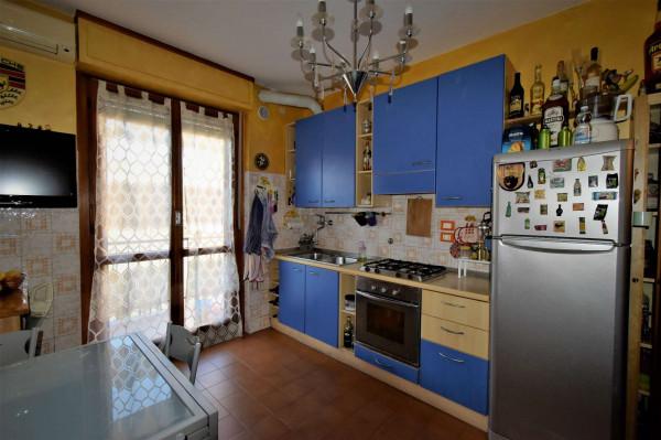 Appartamento in vendita a Venaria Reale, Con giardino, 60 mq