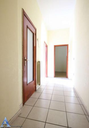 Appartamento in vendita a Taranto, Rione Italia, Montegranaro, 118 mq - Foto 7