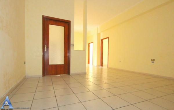 Appartamento in vendita a Taranto, Rione Italia, Montegranaro, 118 mq - Foto 16
