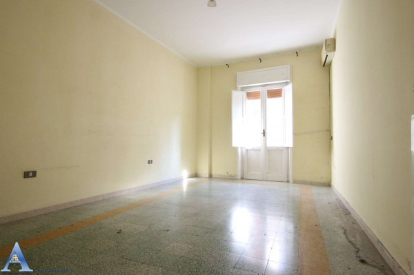 Appartamento in vendita a Taranto, Rione Italia, Montegranaro, 118 mq - Foto 10