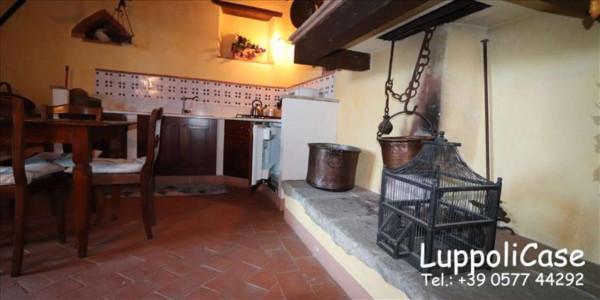 Appartamento in vendita a Castelnuovo Berardenga, Arredato, con giardino, 89 mq
