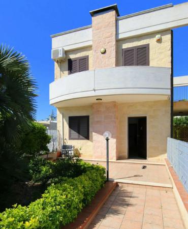 Villa in vendita a Taranto, Lama, Con giardino, 150 mq