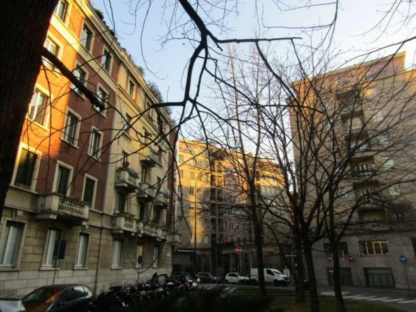 Appartamento in vendita a Milano, C.so Como, 65 mq
