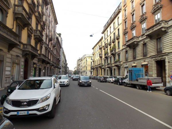 Locale Commerciale  in vendita a Milano, Arredato, 70 mq - Foto 4
