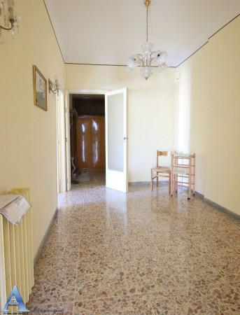 Appartamento in vendita a Taranto, Rione Italia, Montegranaro, 113 mq - Foto 5