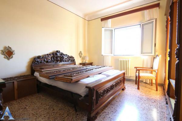 Appartamento in vendita a Taranto, Rione Italia, Montegranaro, 113 mq - Foto 11