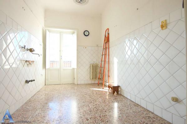 Appartamento in vendita a Taranto, Rione Italia, Montegranaro, 113 mq - Foto 13