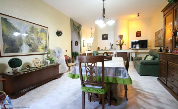 Casa indipendente in vendita a Taranto, Talsano, Con giardino, 161 mq