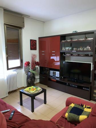 Appartamento in vendita a Garbagnate Milanese, Stazione, Con giardino, 120 mq