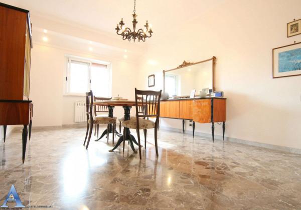 Appartamento in vendita a Taranto, Tre Carrare, Battisti, 152 mq - Foto 2