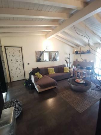 Appartamento in vendita a Trescore Cremasco, Centro, Con giardino, 90 mq