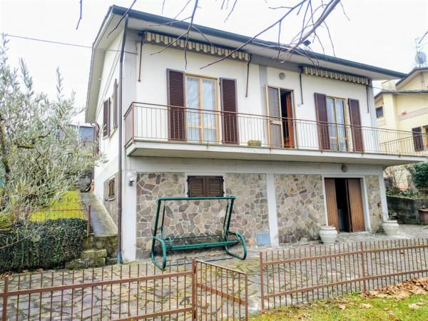 Villa in vendita a Città di Castello, S. Pio, Con giardino, 210 mq