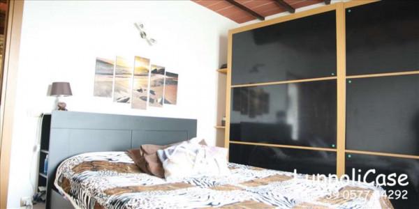 Appartamento in vendita a Siena, Arredato, con giardino, 65 mq - Foto 2