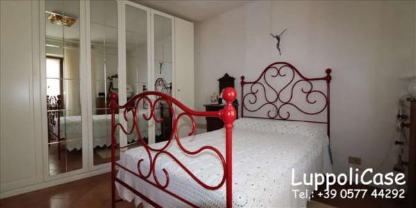 Villa in vendita a Castelnuovo Berardenga, Arredato, con giardino, 222 mq - Foto 3