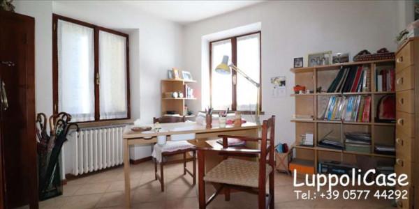 Villa in vendita a Castelnuovo Berardenga, Arredato, con giardino, 222 mq - Foto 2