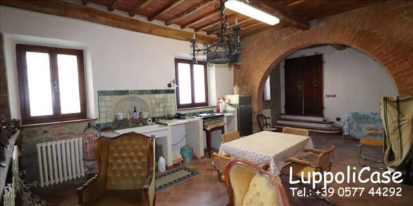 Appartamento in vendita a Castelnuovo Berardenga, Arredato, con giardino, 126 mq