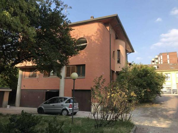Appartamento in vendita a Milano, P.za Segesta, Con giardino, 240 mq - Foto 4