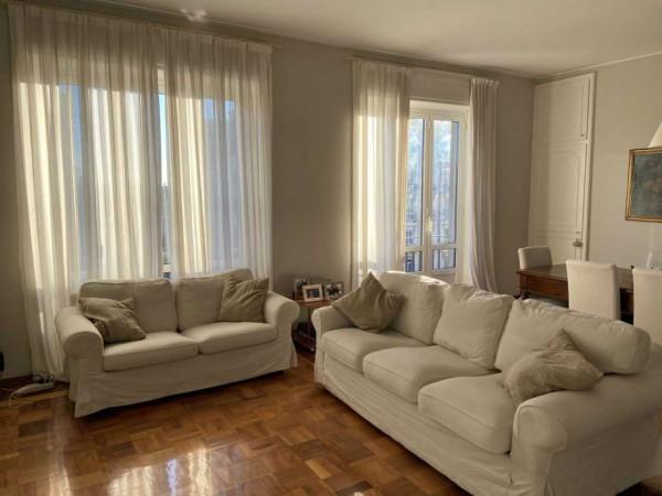 Appartamento in affitto a Milano, C.so P.ta Vittoria, 150 mq