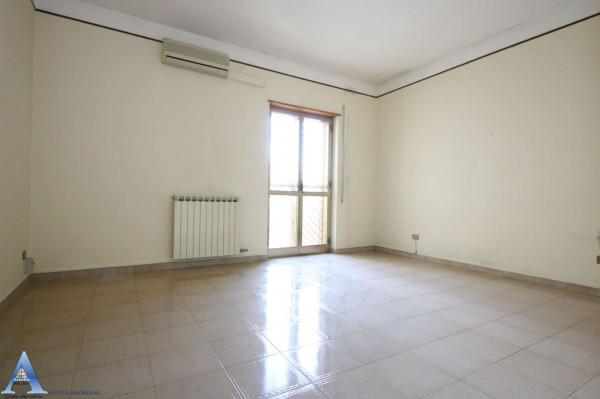 Appartamento in vendita a San Giorgio Ionico, 107 mq - Foto 9
