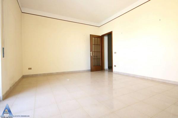 Appartamento in vendita a San Giorgio Ionico, 107 mq - Foto 16