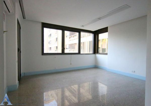 Ufficio in vendita a Taranto, Rione Italia, Montegranaro, 209 mq - Foto 6