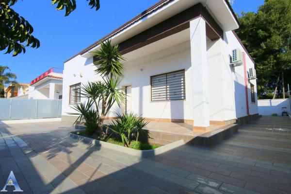 Villa in vendita a Taranto, San Vito, Con giardino, 117 mq
