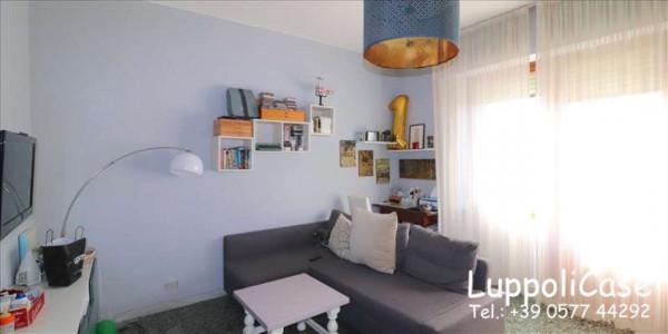 Appartamento in vendita a Siena, 100 mq - Foto 1