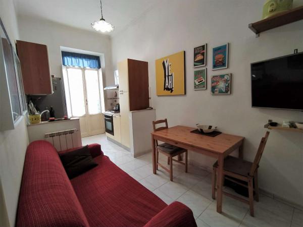 Appartamento in vendita a Torino, Centro, 55 mq
